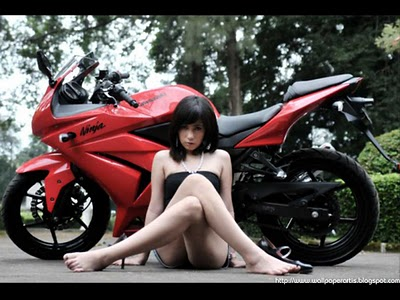 [Image: motorbycle-and-sexy-girl1.jpg]