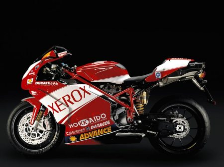 Legenda baru WSBK Troy Bayliss