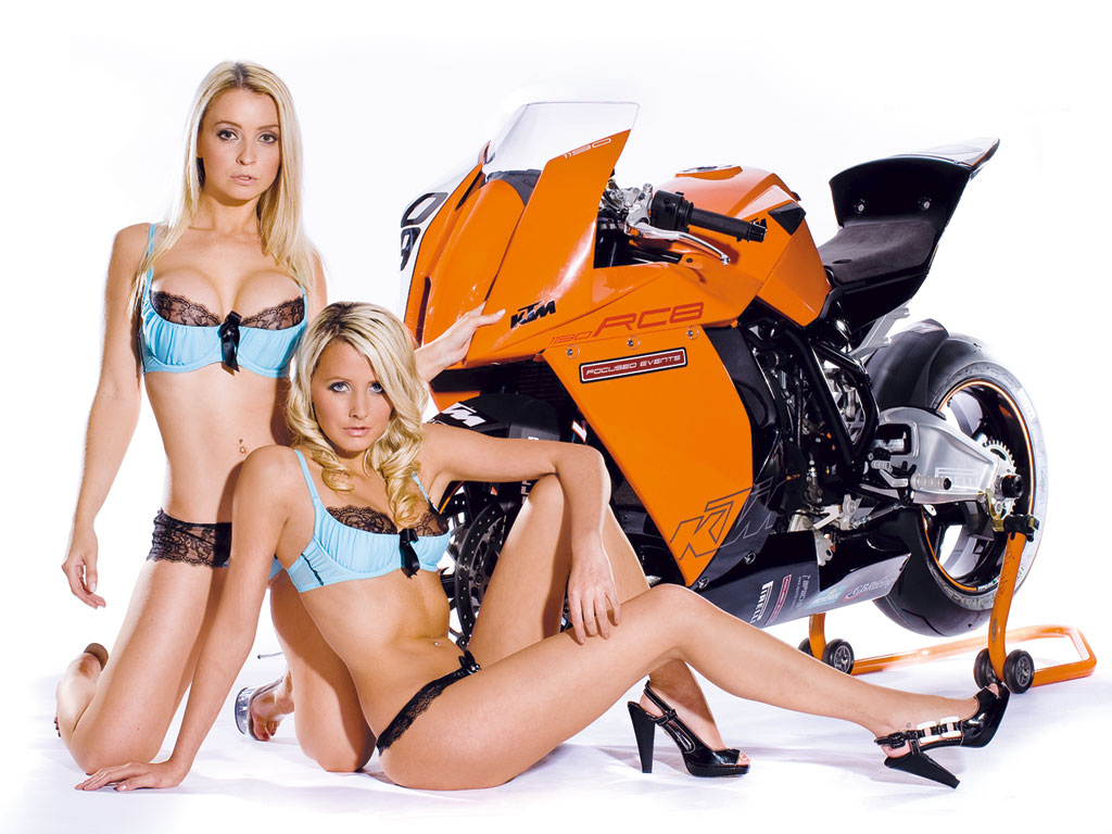 motorcycle babe photosclass=hotbabes